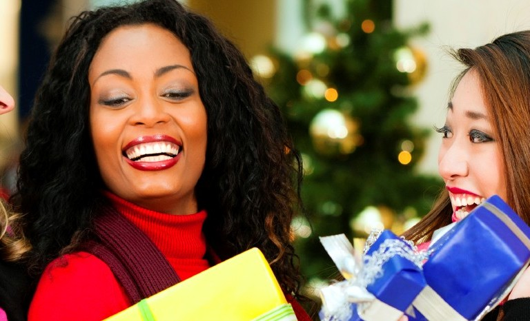 Head to Toe Holiday Women's Shopping Extravaganza